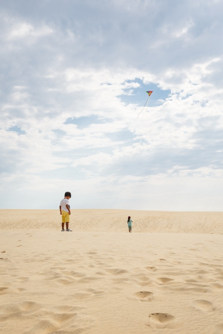 Kite flying at Jockey's Ridge sand dunes
