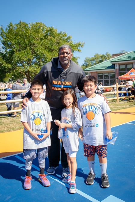 Andrew, Lucas and Penny with Knicks legend Larry Johnson